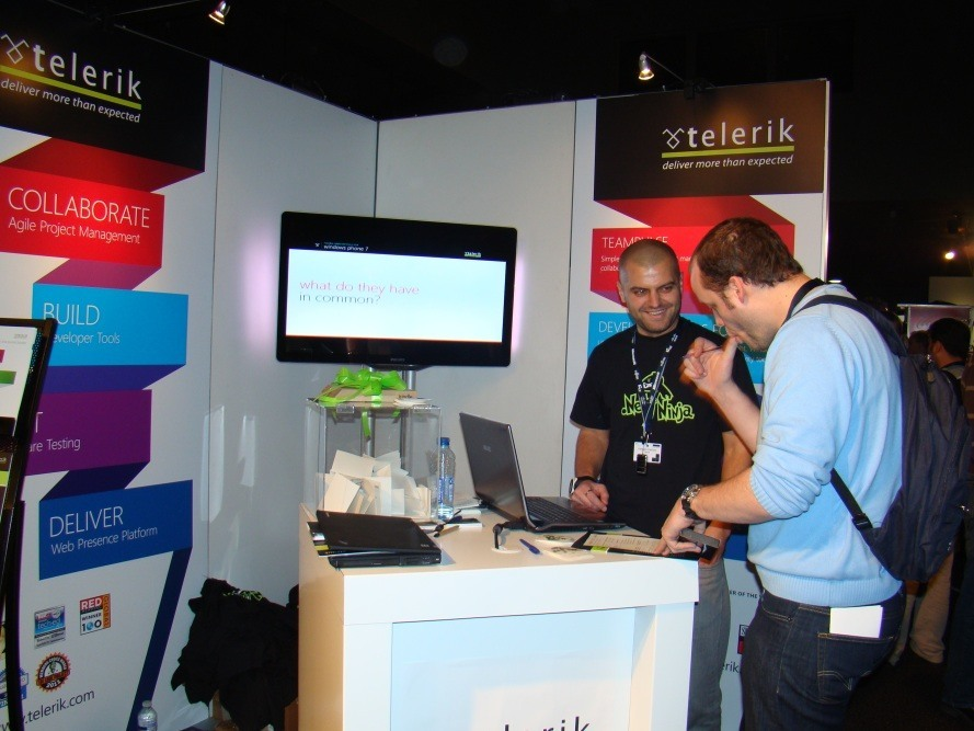 People talking at the Telerik booth - TechDays Belgium